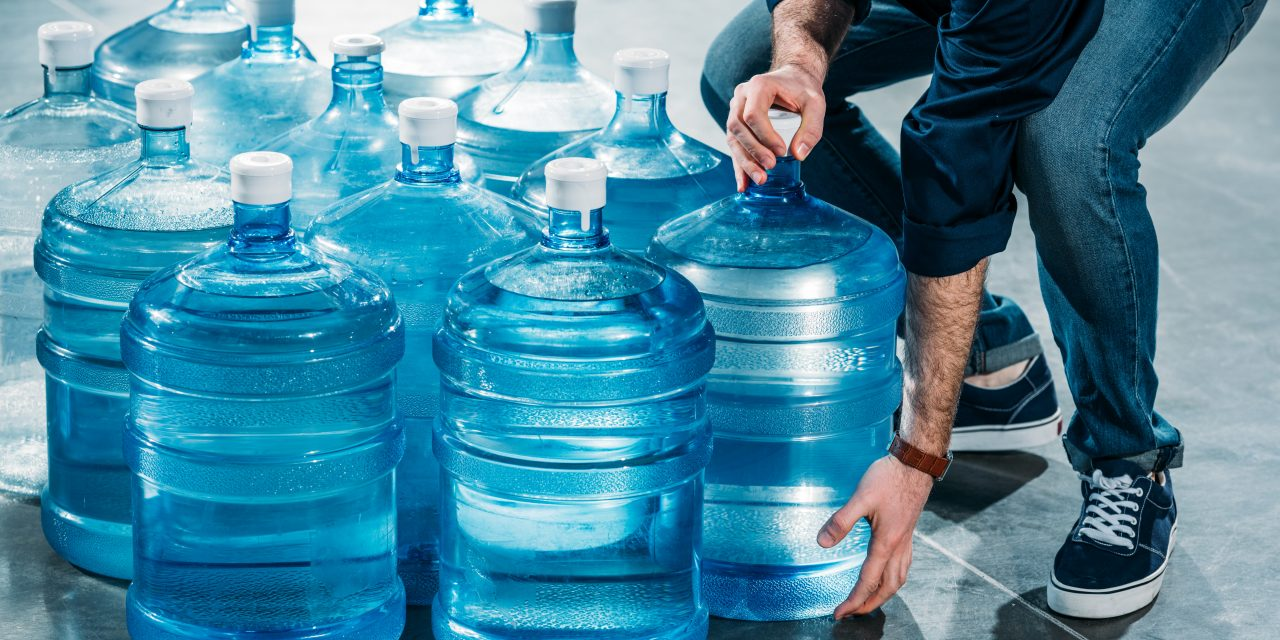 Best Water Containers – Get Ready Before the Tap Runs Dry