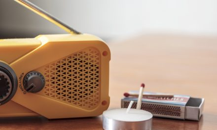 How to Choose the Best Portable Radio for Emergency – 5 Top Picks