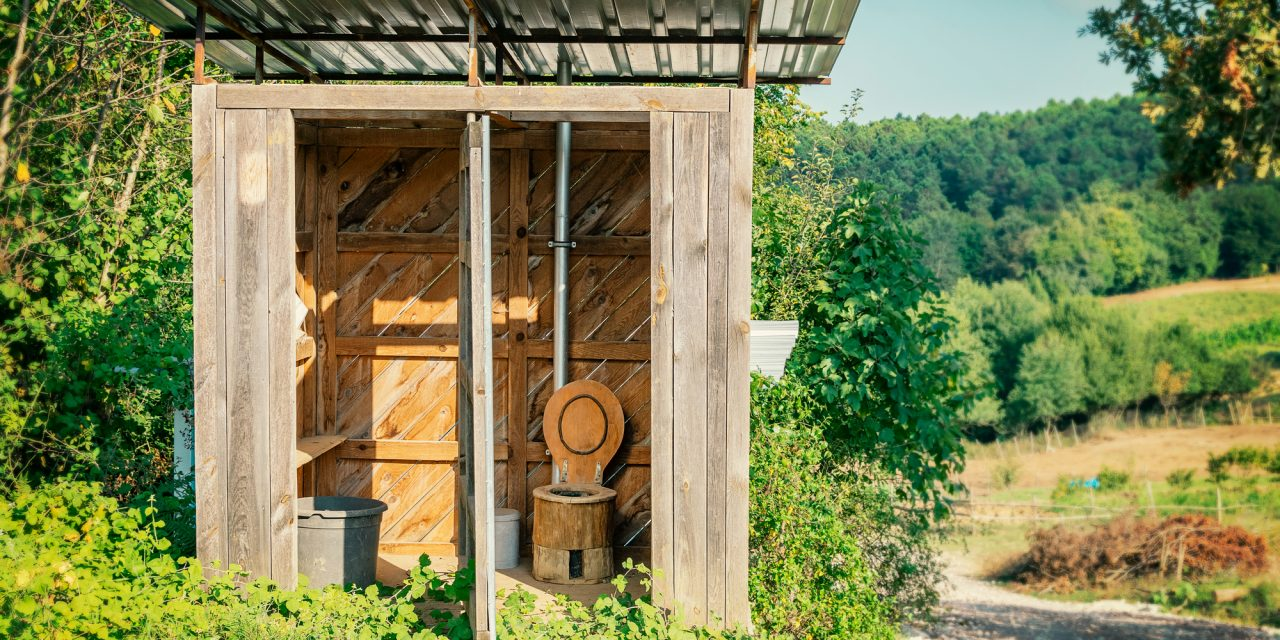 DIY Composting Toilet – How to Build One In Less Than an Hour
