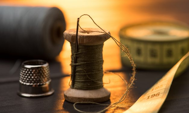 Best Sewing Kit for Survivalists (and Why You Need One)